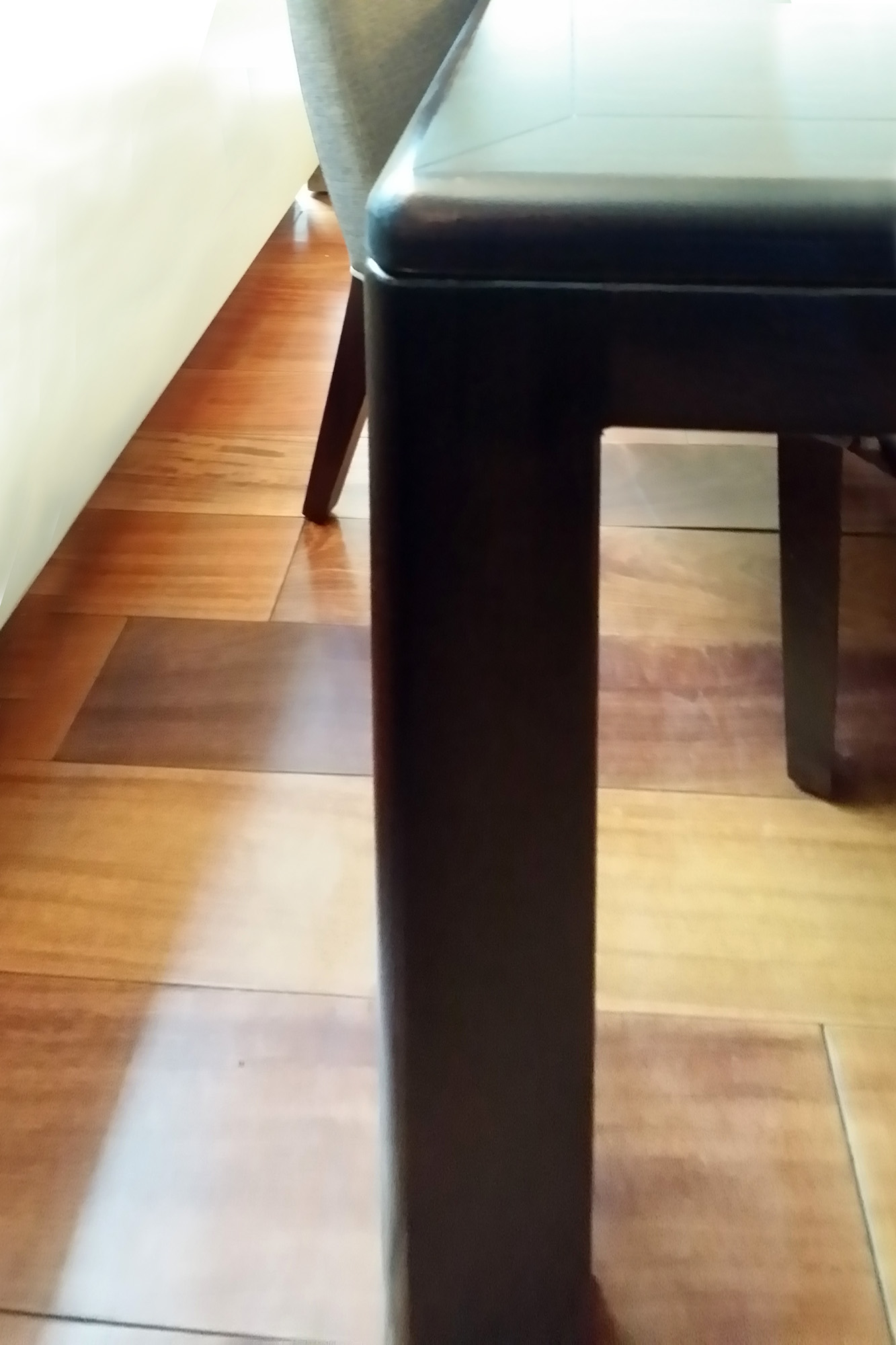 Dining Table - rounded corner